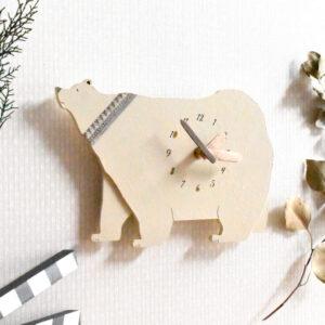 シロクマの木製掛け時計2